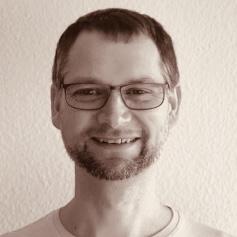 Ashtanga Yoga (AYI©) mit Lisa und Matthias Kempka